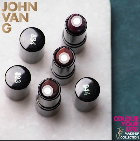 John v G1
