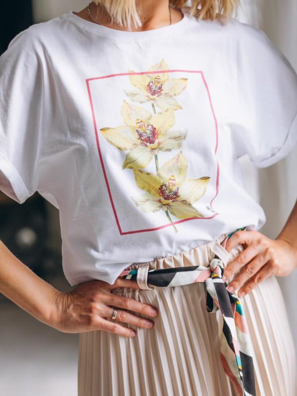 vrouw tshirt hippe broek