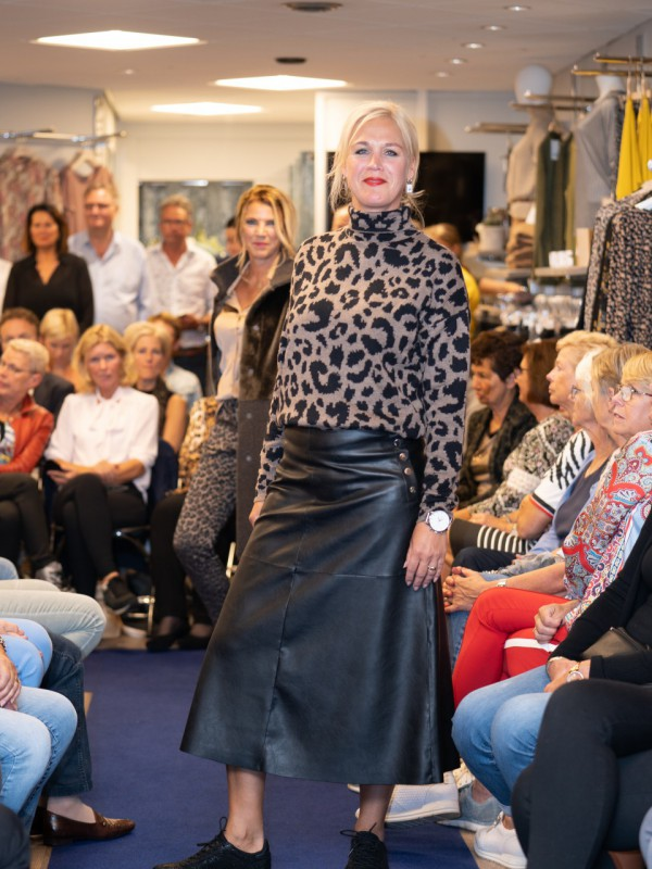 Show Lilian Fashion 035